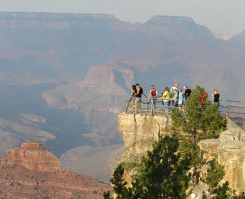 grand-canyon-attractions-Yavapai Point