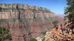 grandcanyon-summercamps-hiking