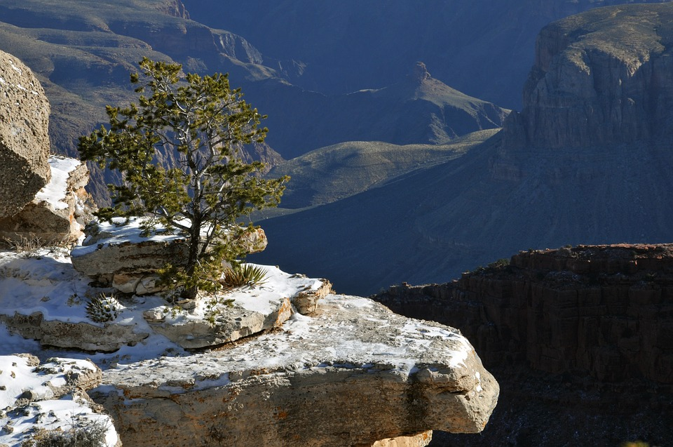 grand-canyon-spring-summer-guide-3-snow