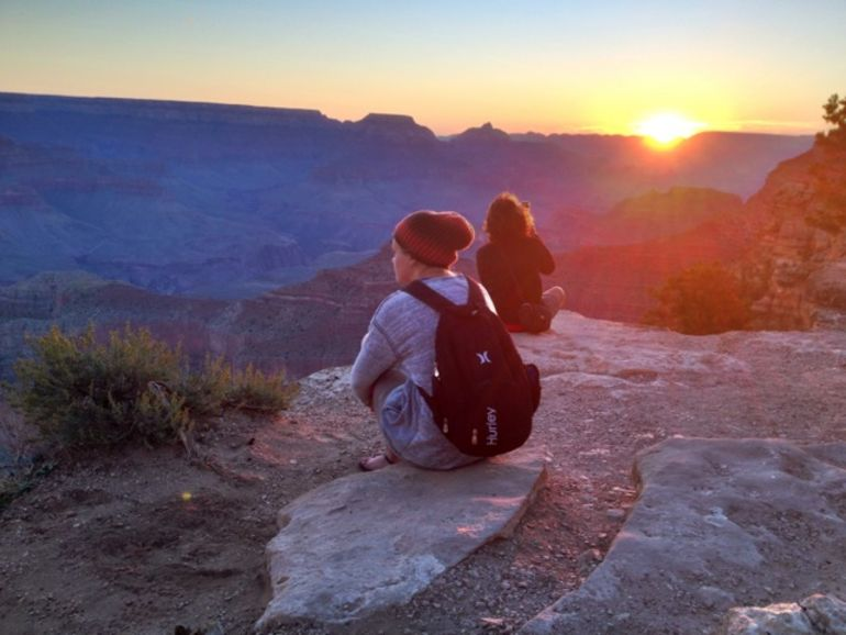 grand-canyon-hiking-sunrise