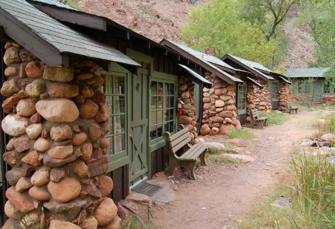 grand canyon phantom ranch cabins