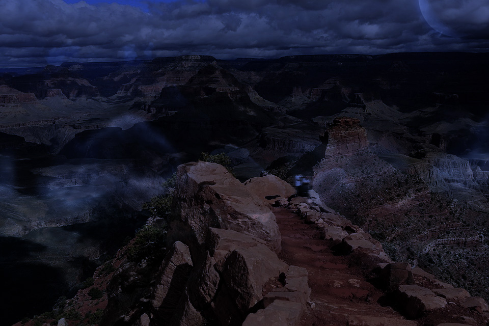 ghost-hunting-in-the-grand-canyon