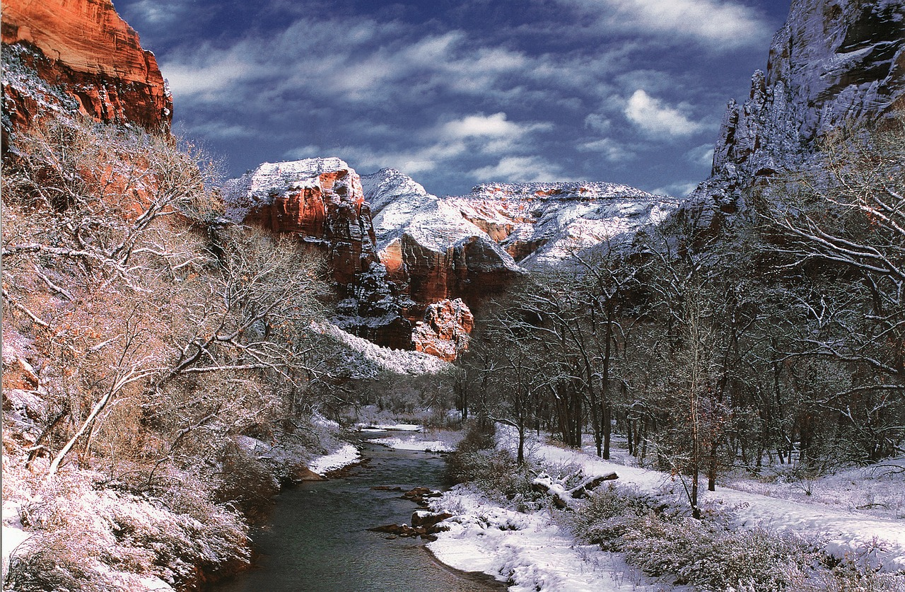 virgin river in winter - zion national park
