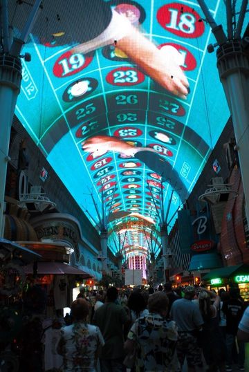 freemont street outdoor mall