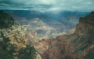 Helicopter Tours Provide a Glamorous and Memorable View of the Grand Canyon