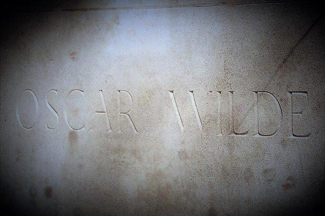 Oscar Wilde Grave Headstone